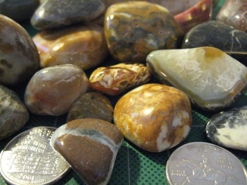 Thunder Eggs and Prairie Agate Close Up